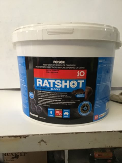 Ratshot Blocks 8kg Blue Difenacoum