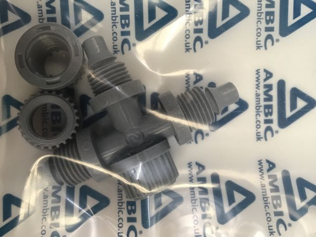 AMBIC T CONNECTOR FOR TEAT SPRAY GUN